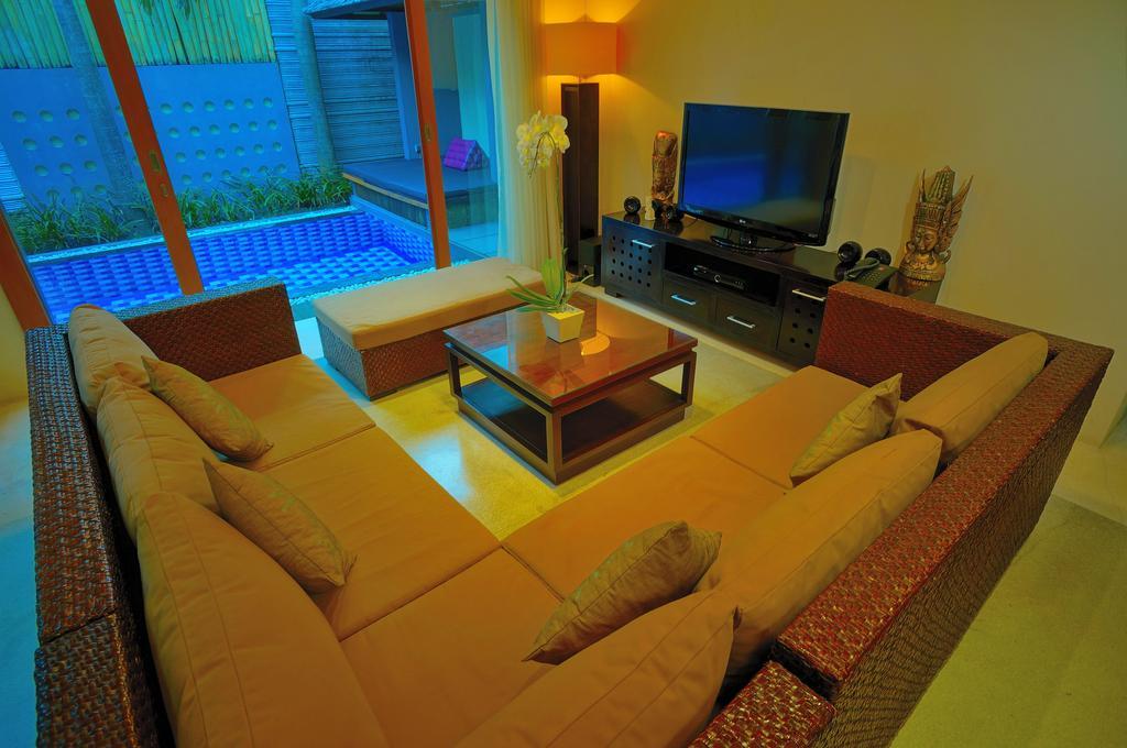 2bedroom-villa-travis-bali-3.jpg