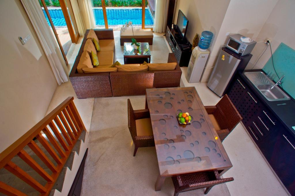 2bedroom-villa-travis-bali-8.jpg